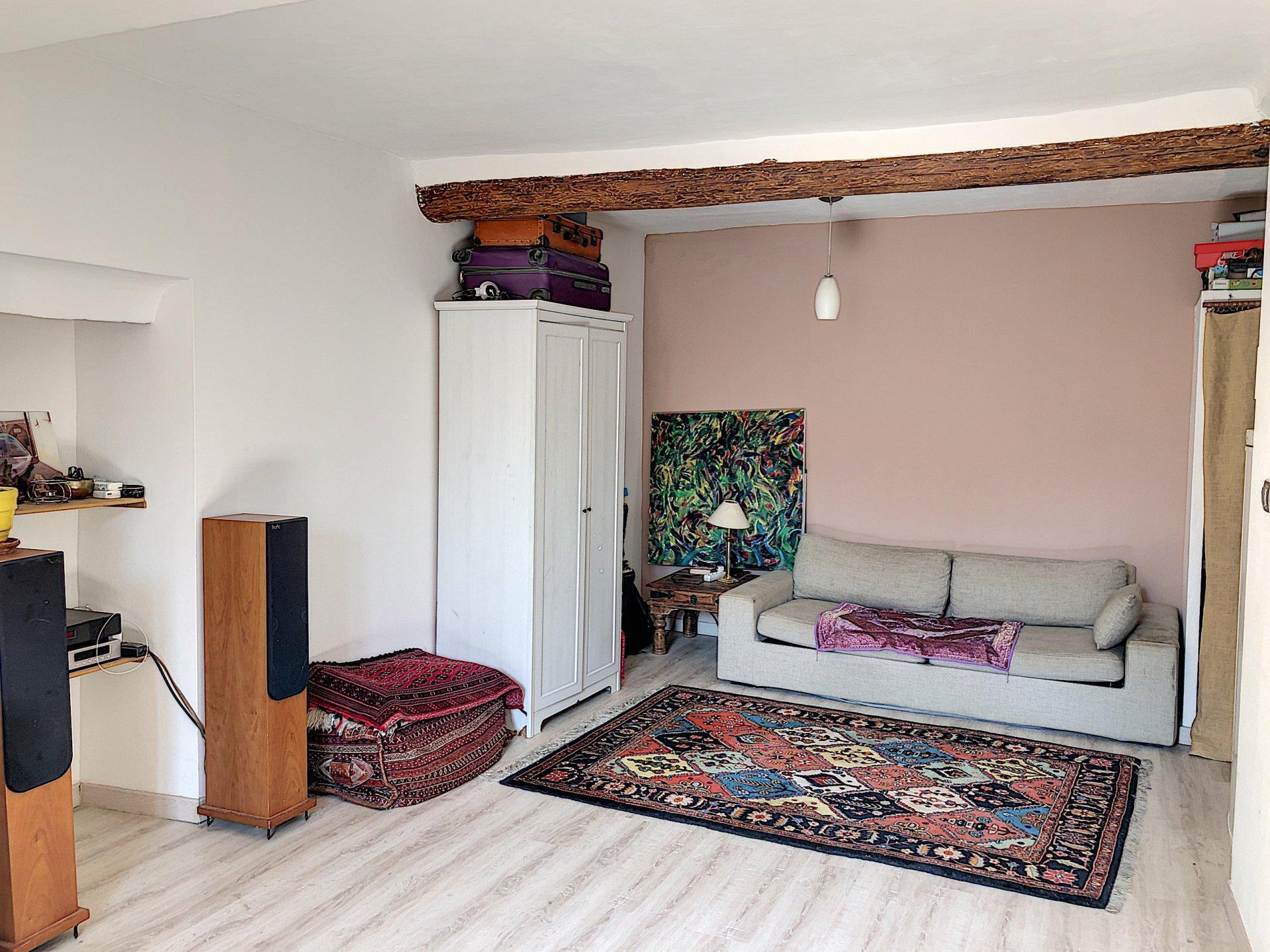 St Laurent du Var (06700) - studio