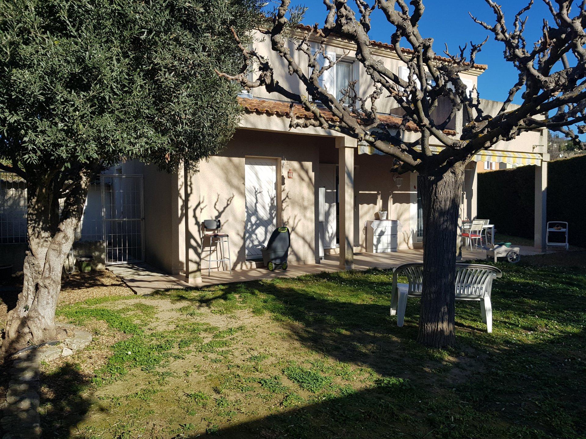 Maison T5 de 114 m2 + Garage