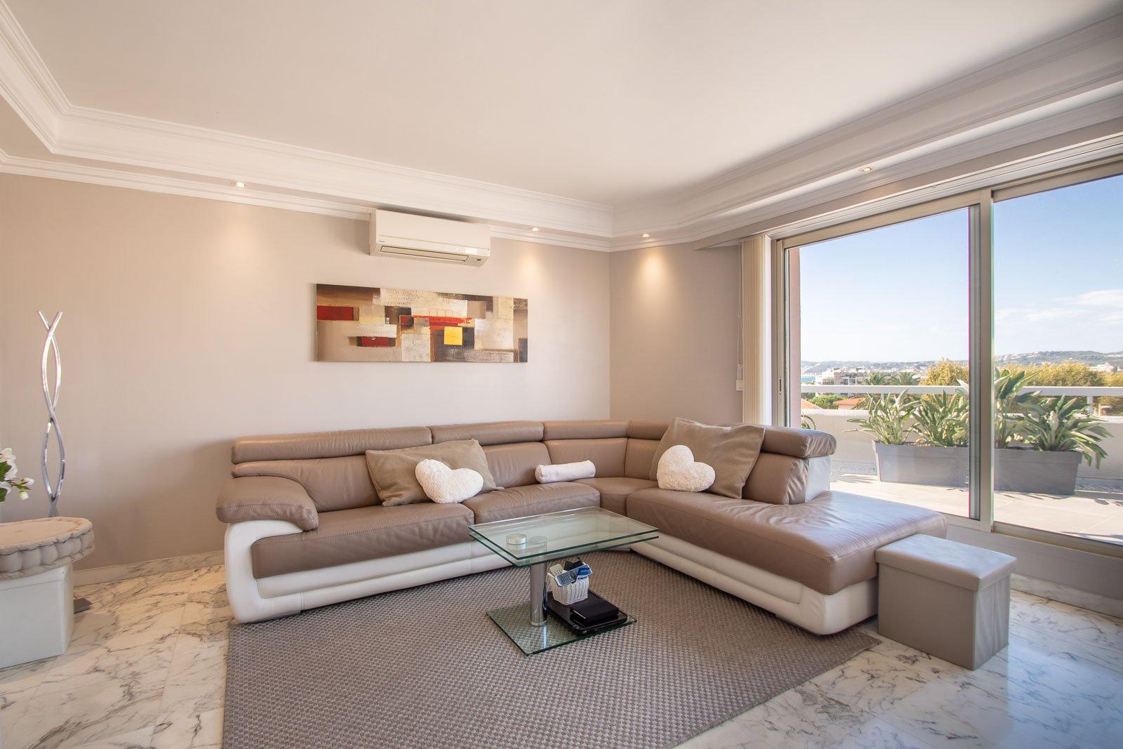3 pièces en duplex - Villa sur toit CAGNES SUR MER