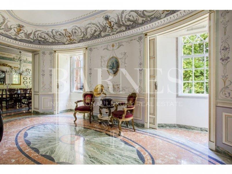 Palacete de luxo com 7 suites