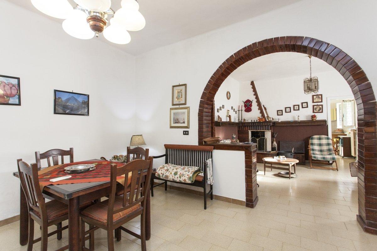 Villa mit 3 Schlafzimmern und Garten in Oria