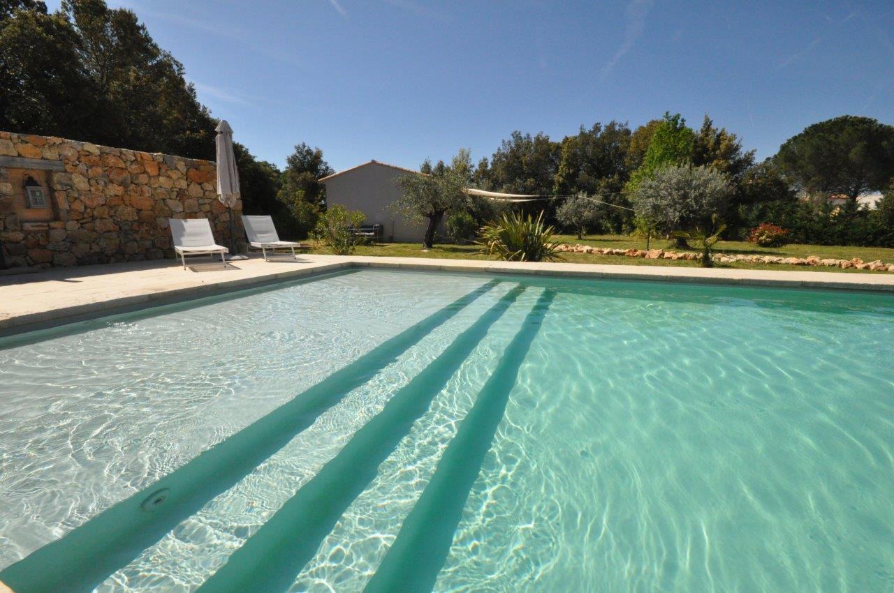 Luxe domein met prachtig zwembad