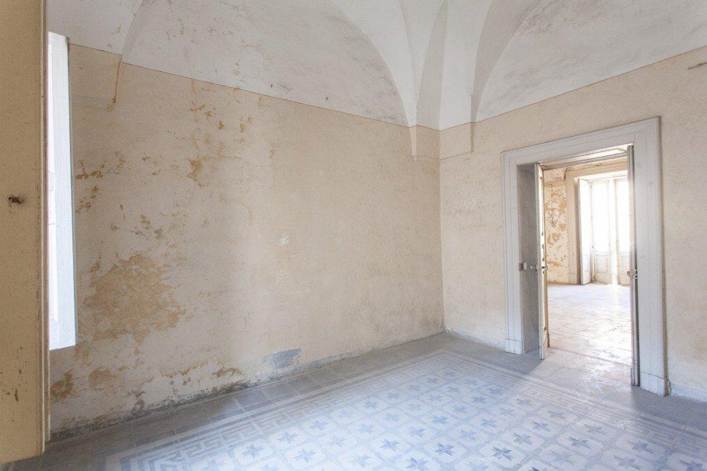 Sale House - Sava - Italy