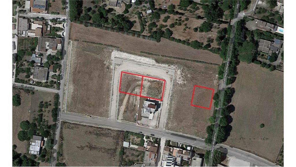 Sale Building land - Oria - Italy