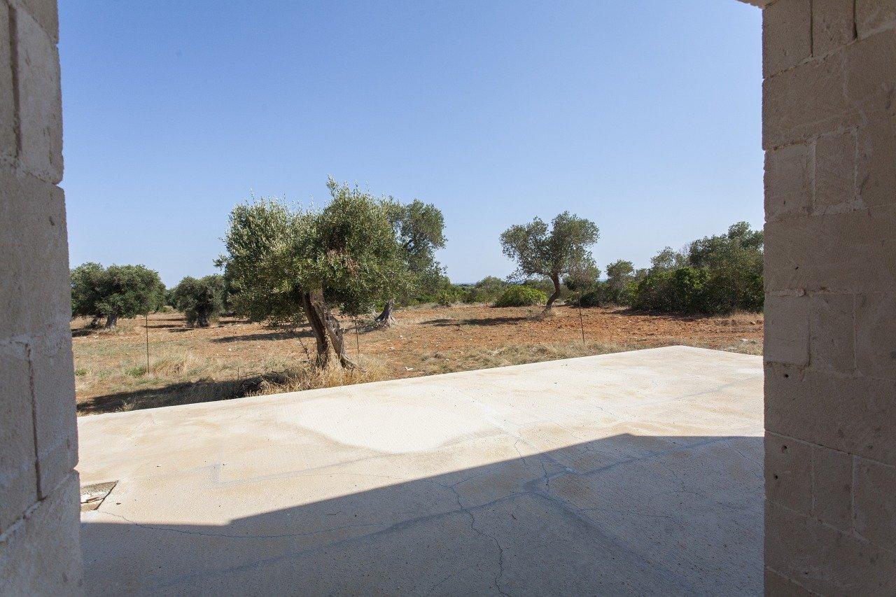 Villa vistamare da completarsi a Manduria