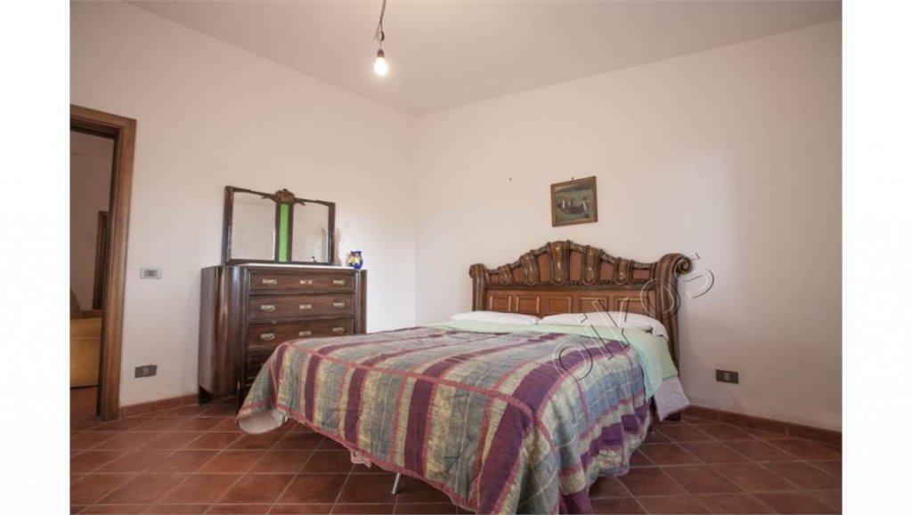 Vendita Villa - Oria - Italia