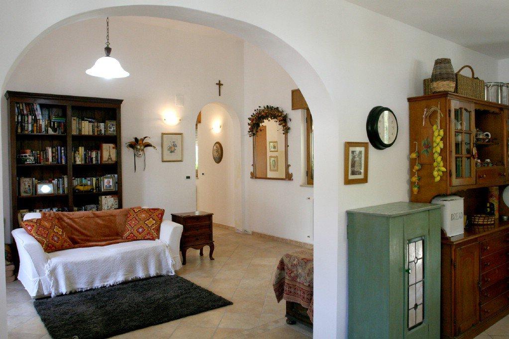 Sale Villa - Oria - Italy