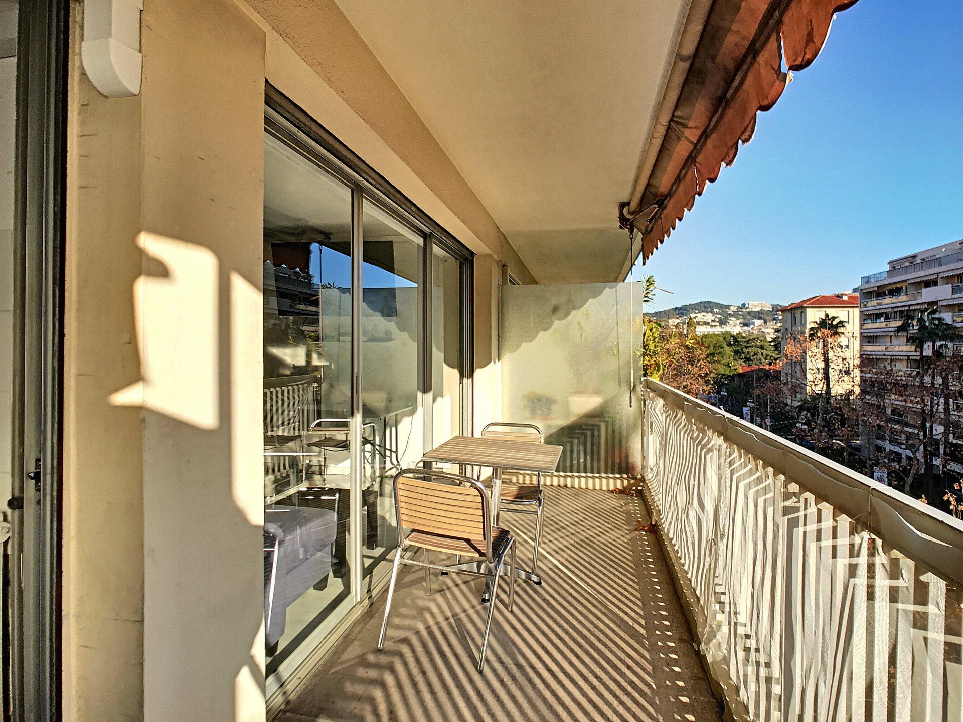 Cannes Centre, Spacieux 3 Pièces de 82.13 m² avec terrasses