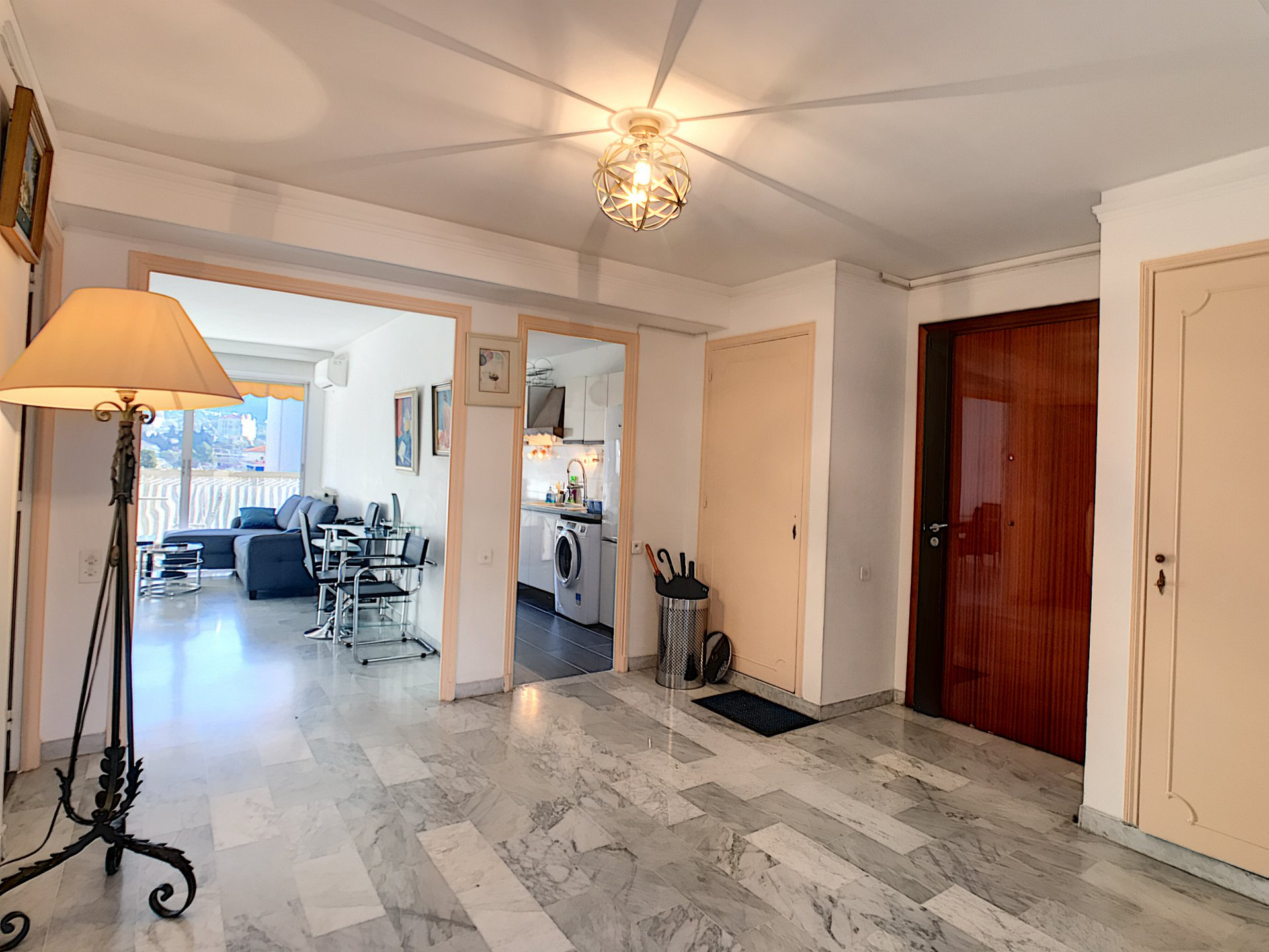 Cannes Center, Bright and wide flat of 82.13 smq²