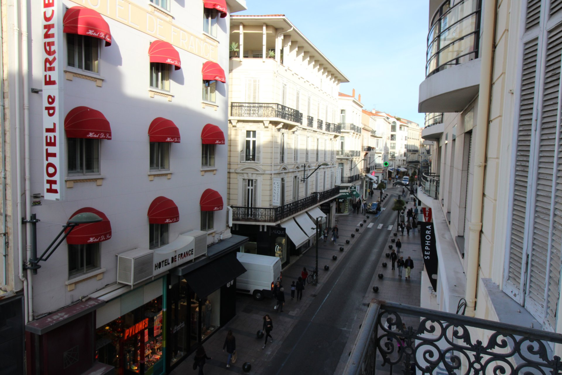 Rental apartment  centre Cannes,next to Croisette and convention center