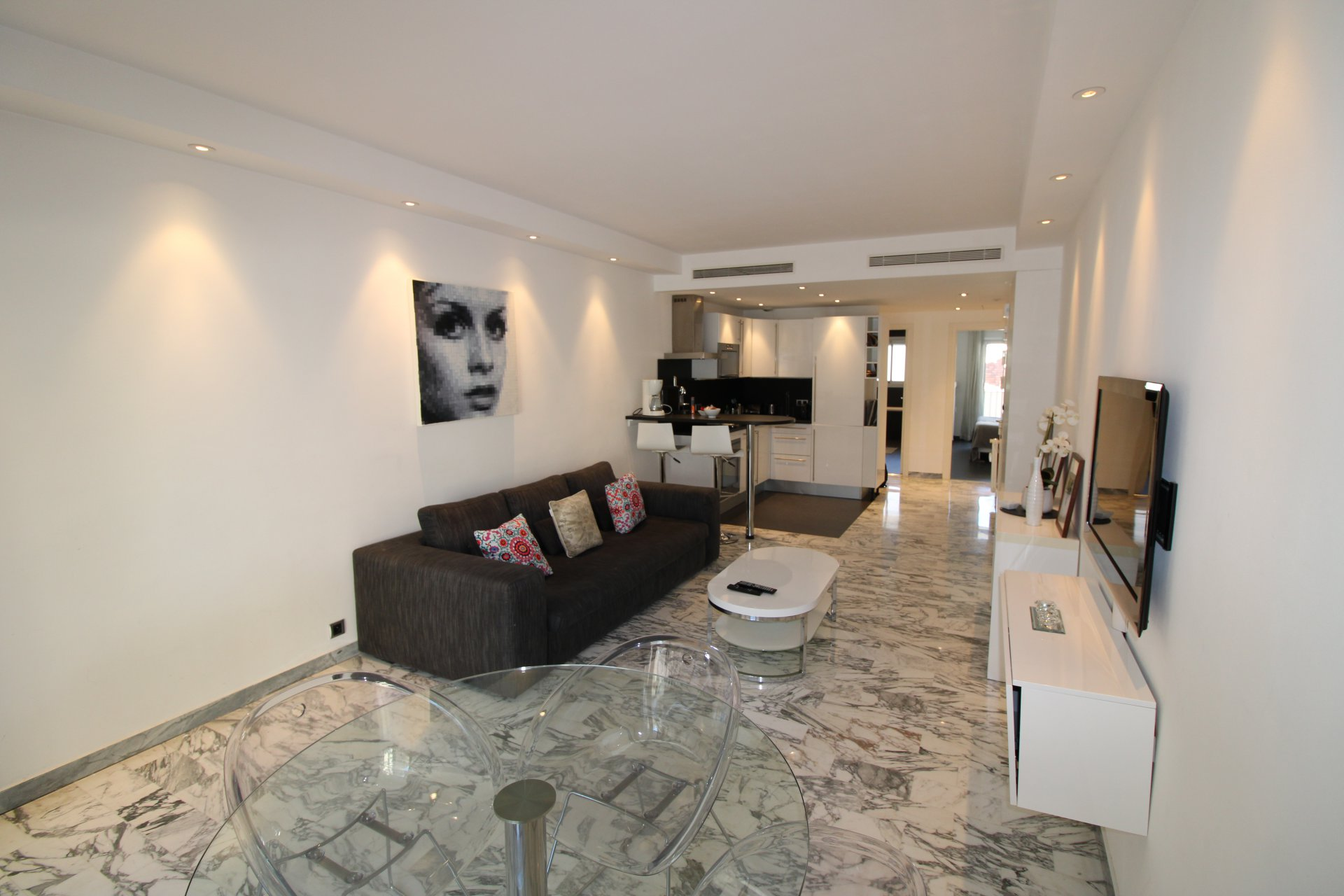 Rental apartment Cannes center, next to Croisette and convention center