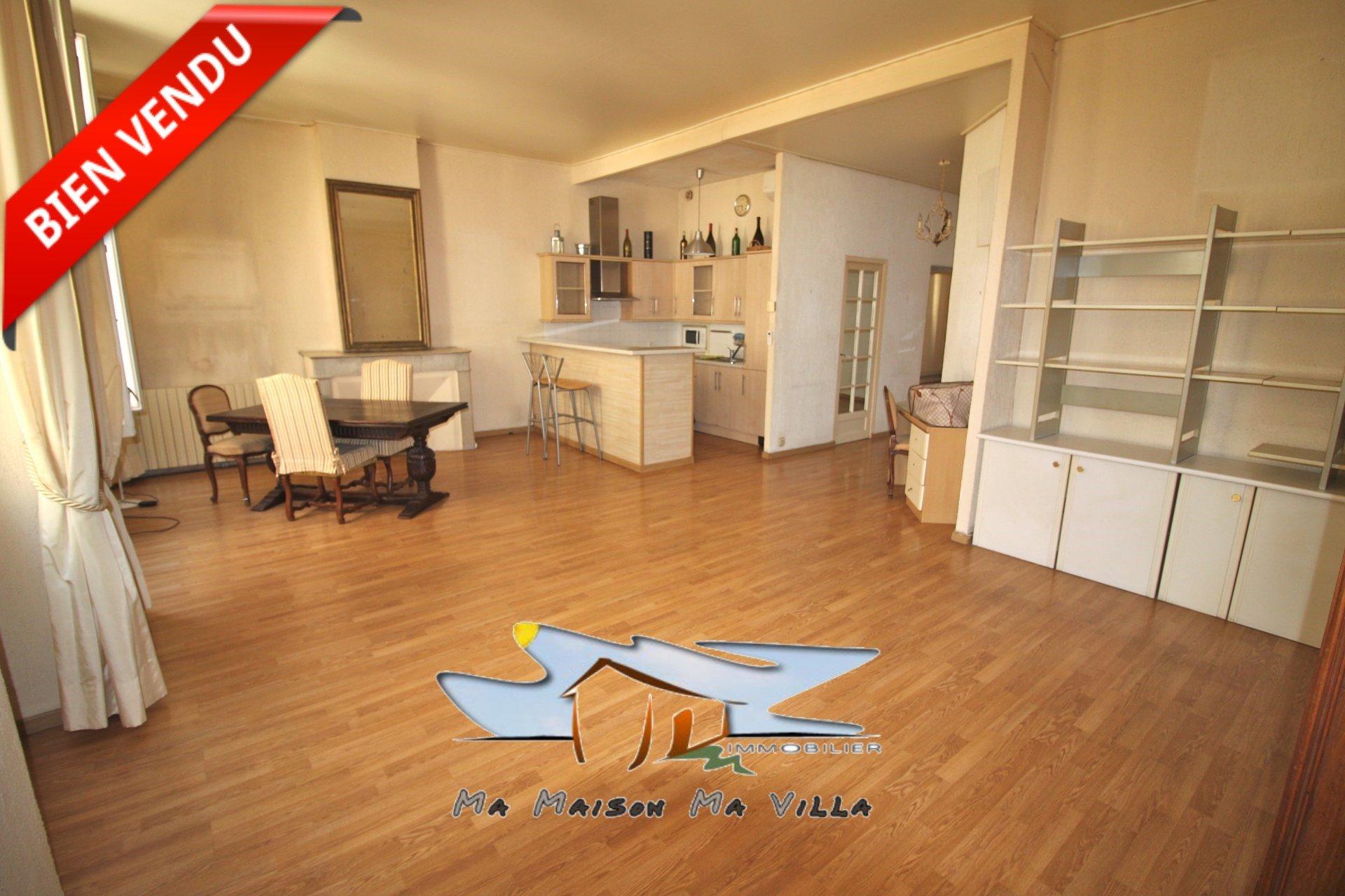 Bel appartement T3 rue saint Jacques