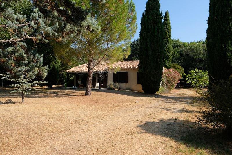Maison Besse-sur-Issole Provence
