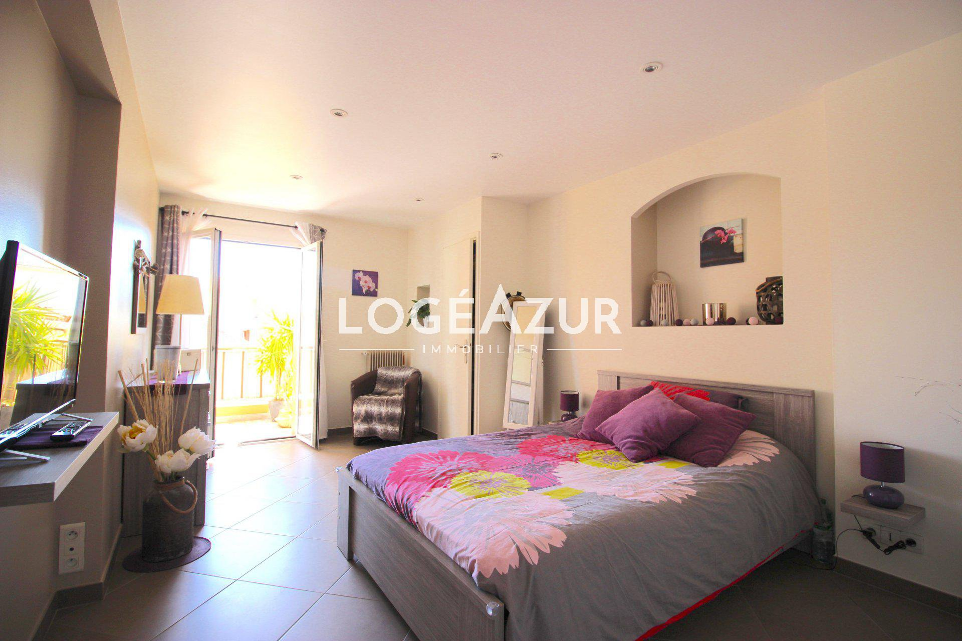 Appartement 2 chambres - VALLAURIS