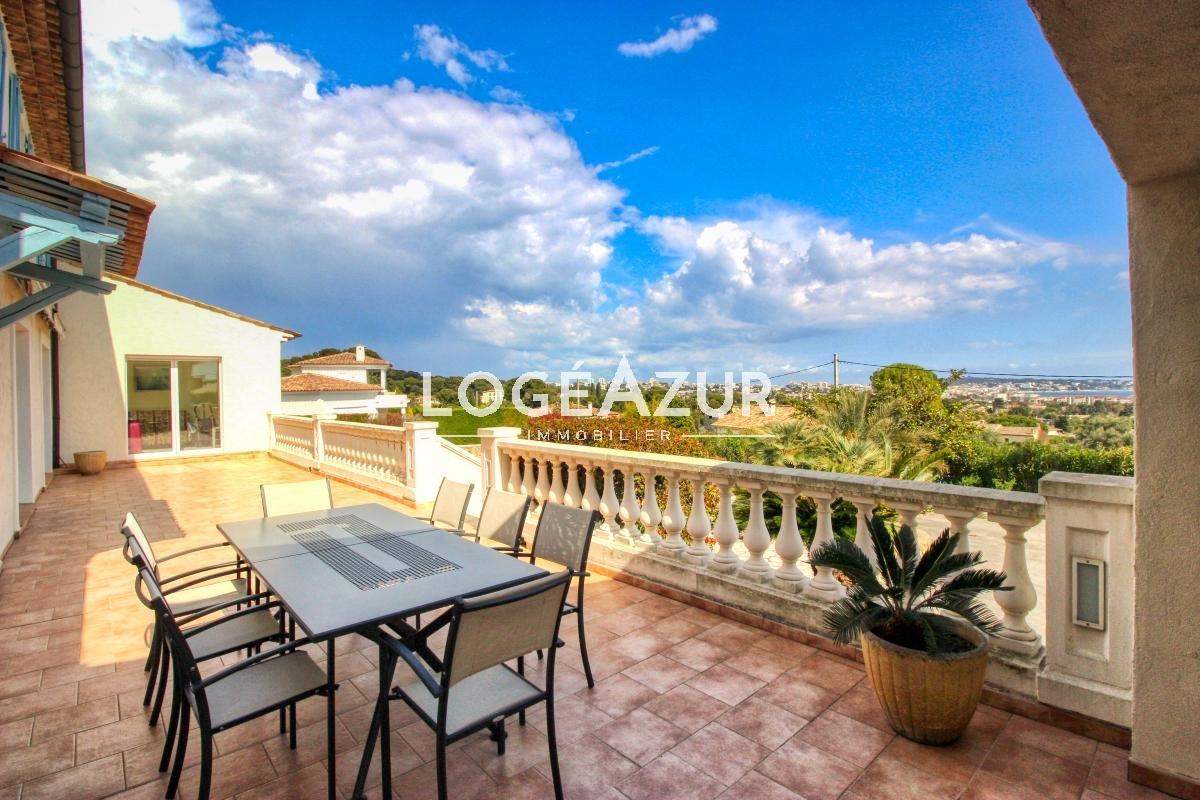 Villa au calme avec vue mer panoramique - Golfe-juan