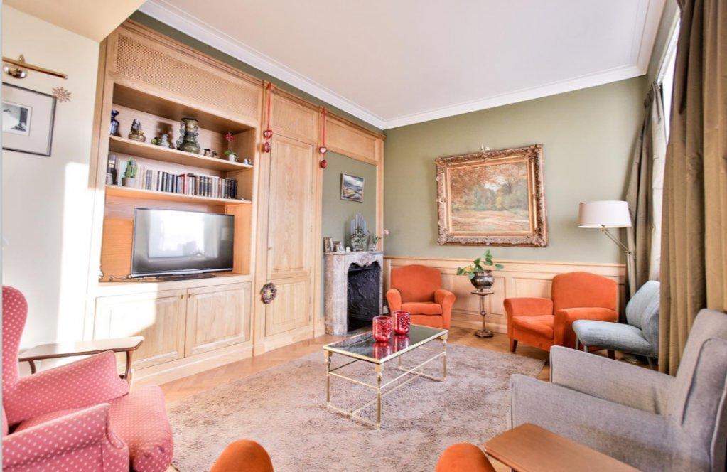 AVENUE LOUISE, appartement avec terrasse et vue