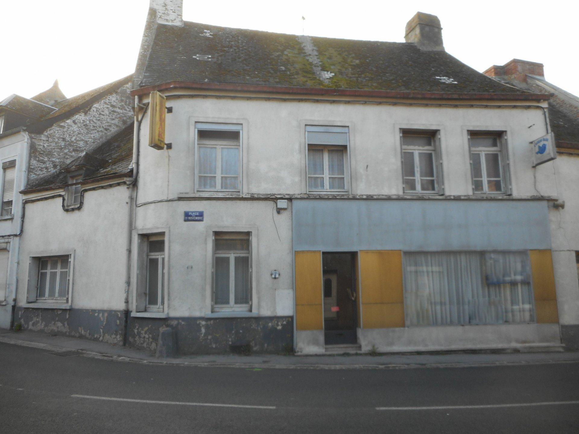 Maison 5 pièces - Bavay centre