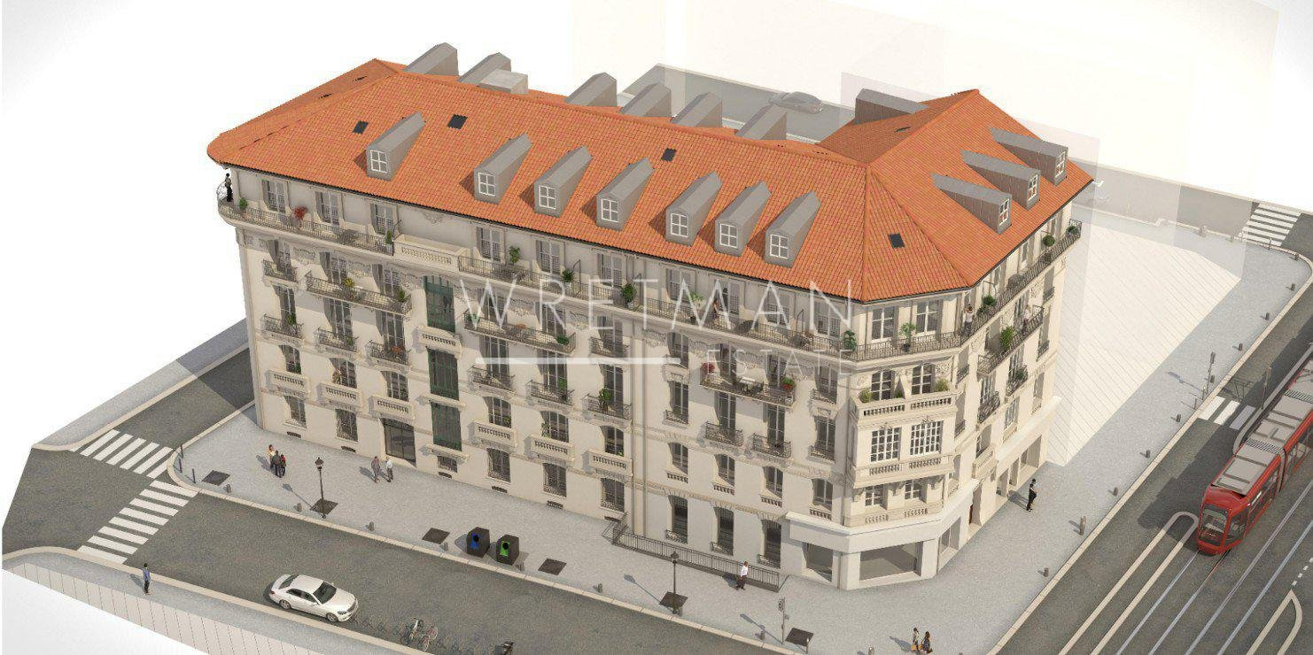Refurbished apartments in bourgeois building - Nice Thiers
