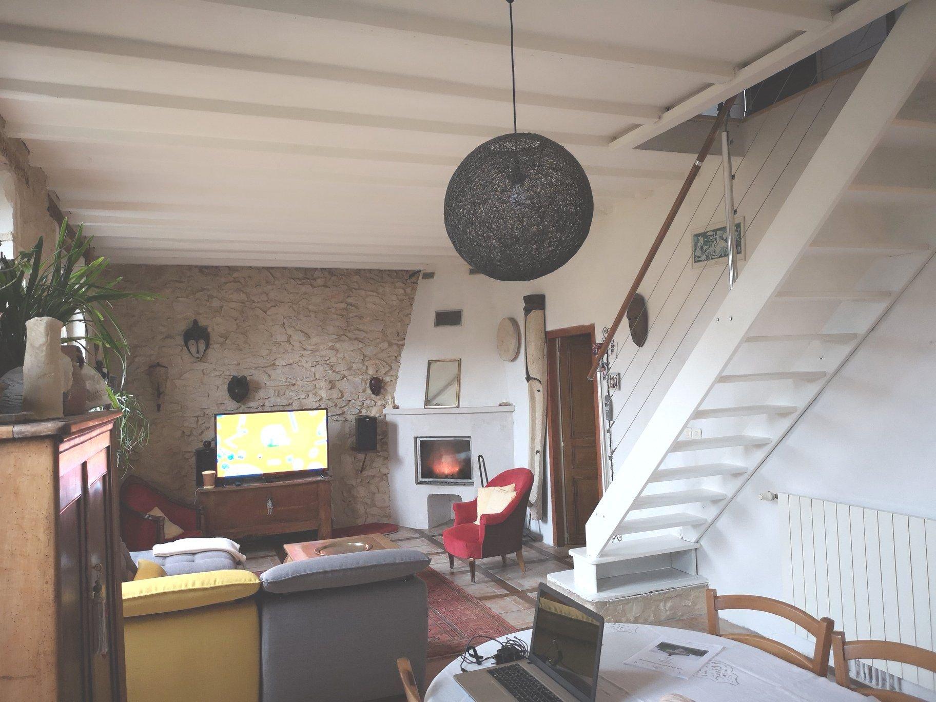 Maison ancienne restaurée - Hommes