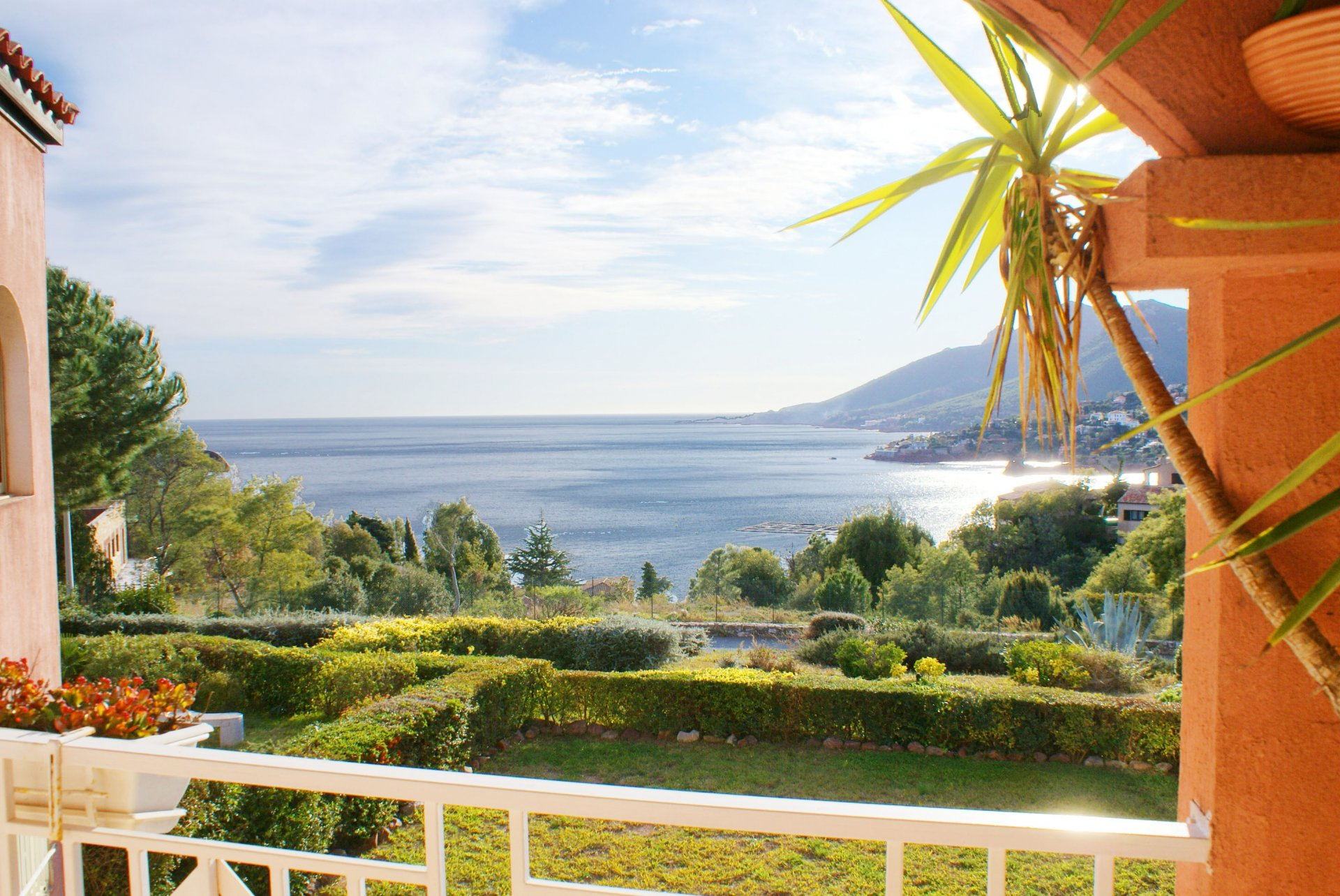 Charming appartment, 1 bedroom, south terrace, fine sea view
