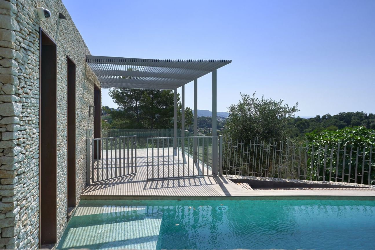 BEAUTIFUL BRAND NEW VILLA - SUMMER RENTAL