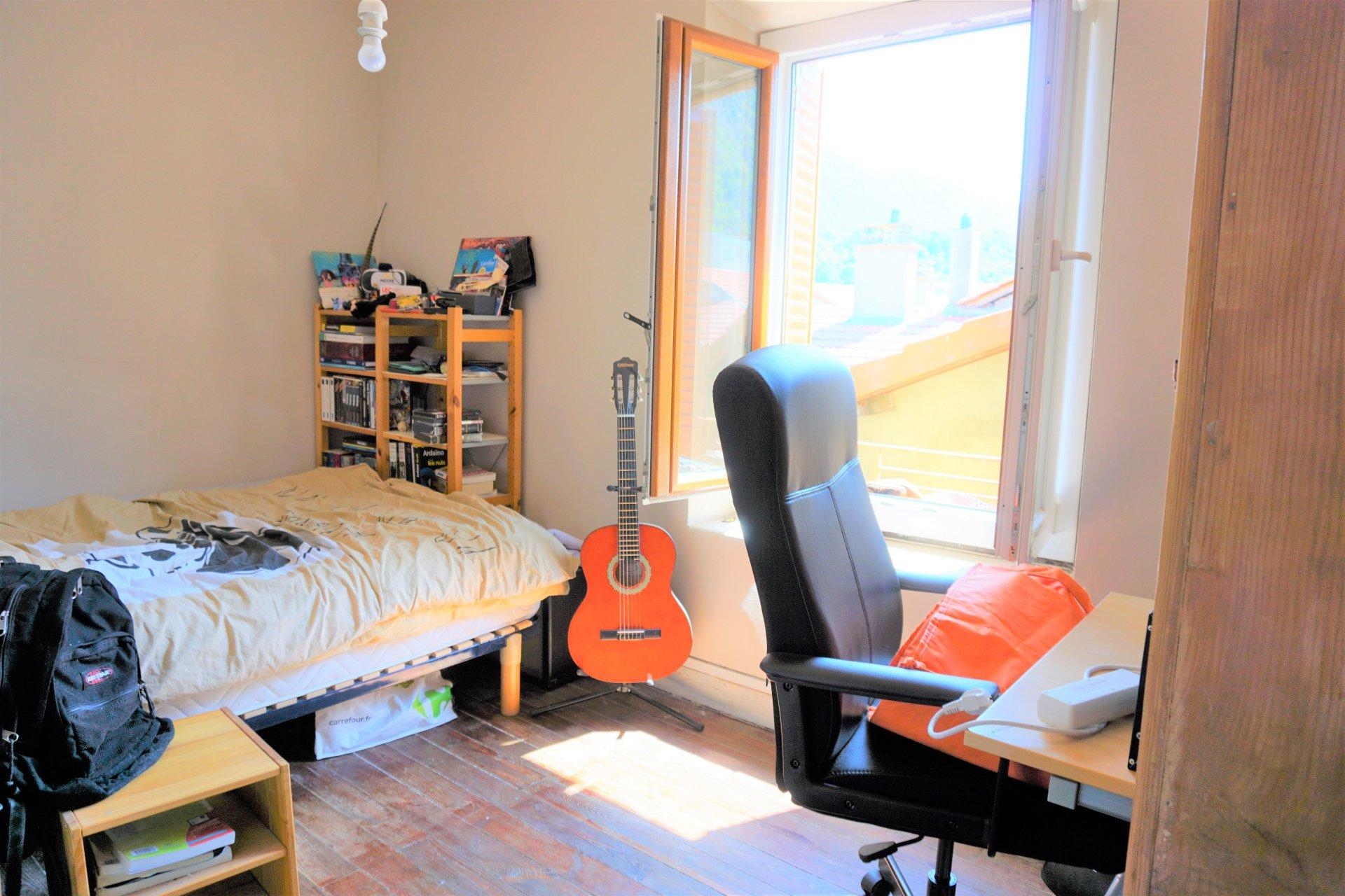 Chambre au 2ème étage