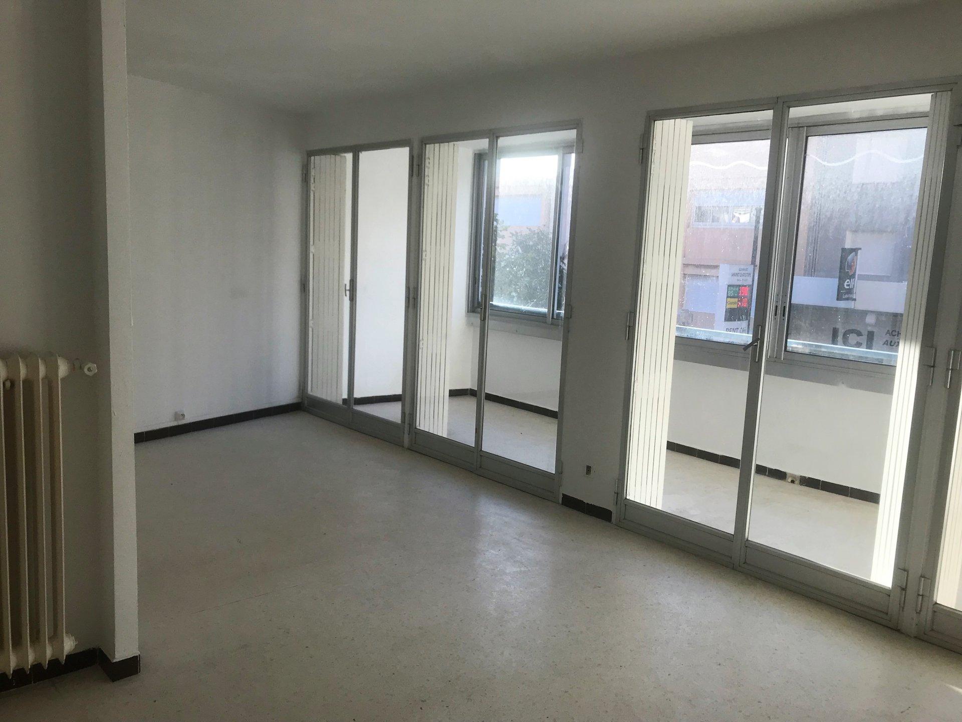 Sale Apartment - Le Lavandou