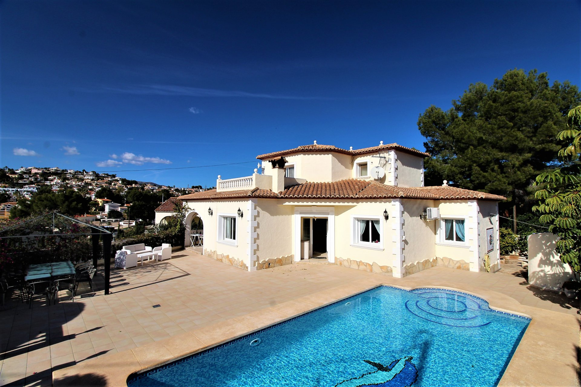 High quality villa with 5 bedrooms