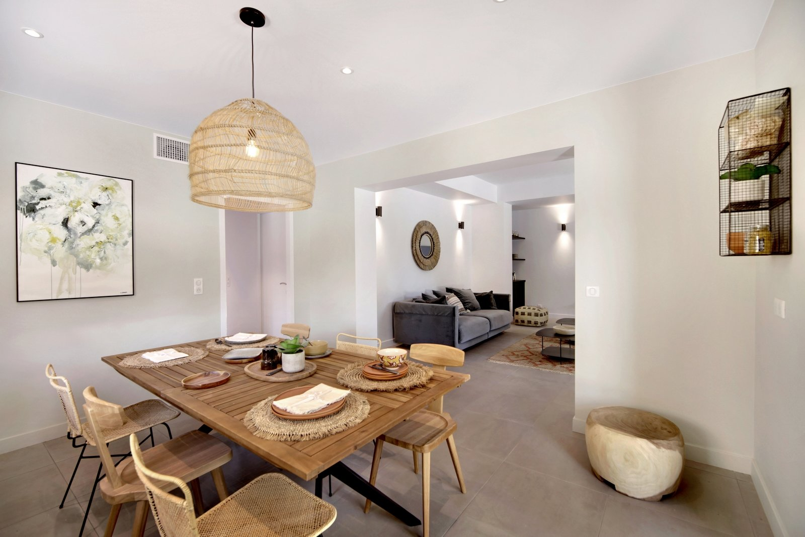 Prestigious, entirely renovated residence in Grimaud