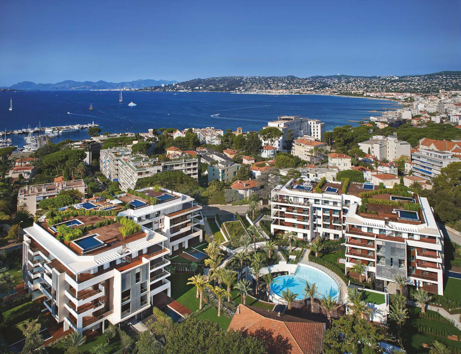 Cap d'Antibes - Penthouse d'exception. Vue mer, piscine privative.