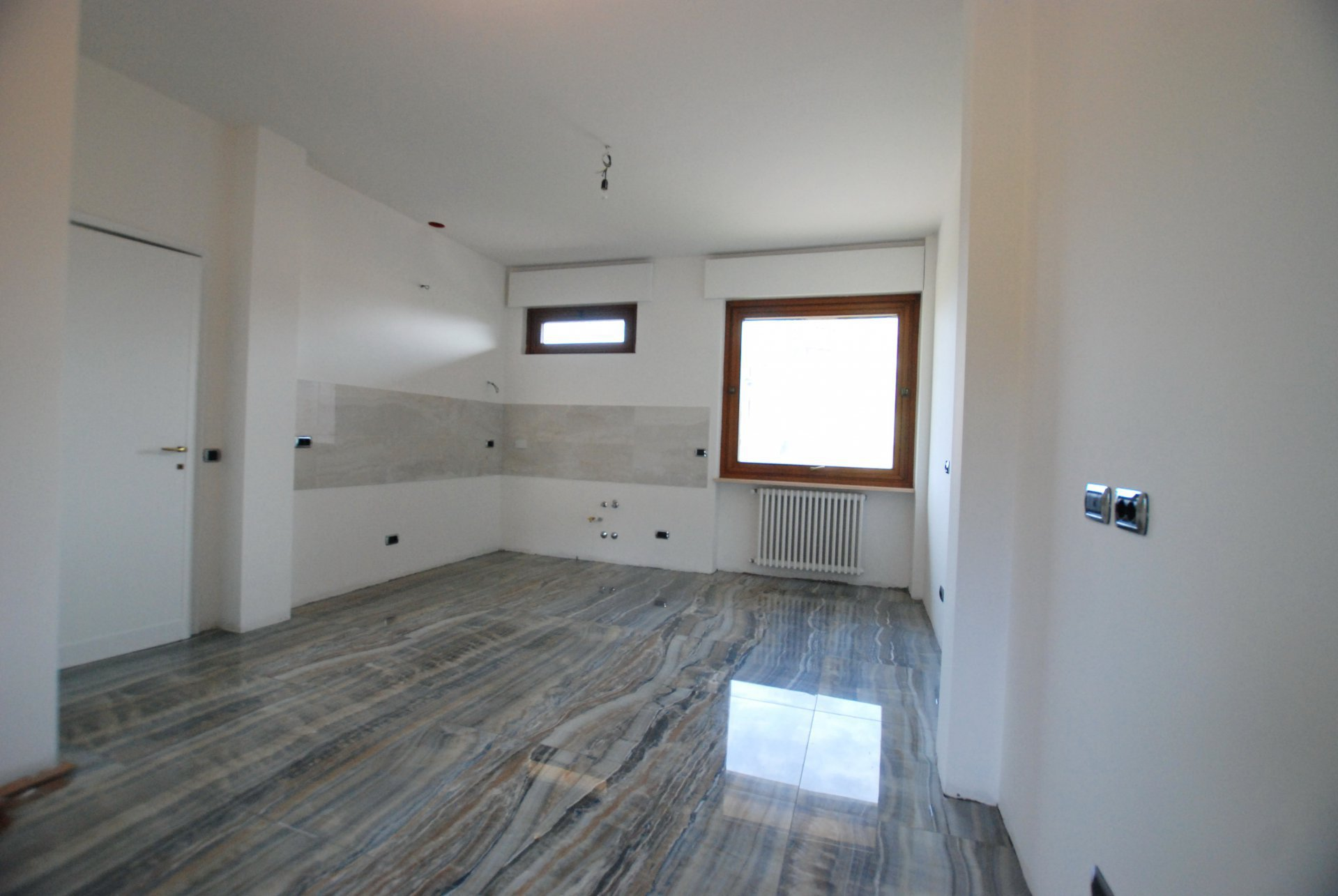 Ground floor rent apartment in the centre of Stresa-bedroom