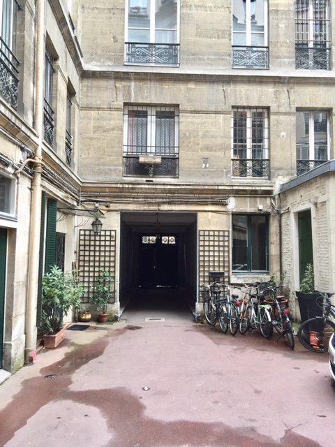 Métro Château d'Eau