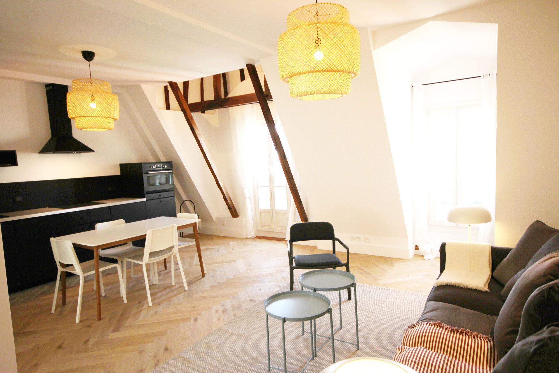3 Pièces-Dernier étage-Toit terrasse-NICE CARRÉ D'OR