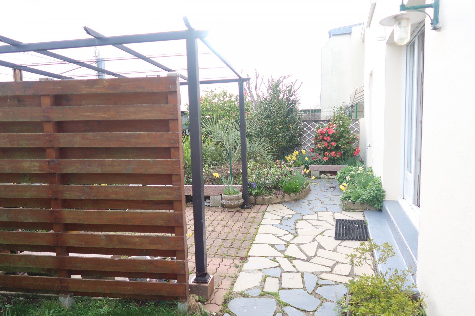 LORIENT, maison T5 avec garage 180200€