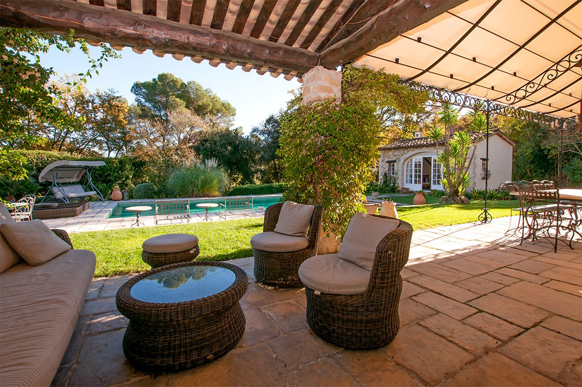 Villa 5 bedrooms and guest house