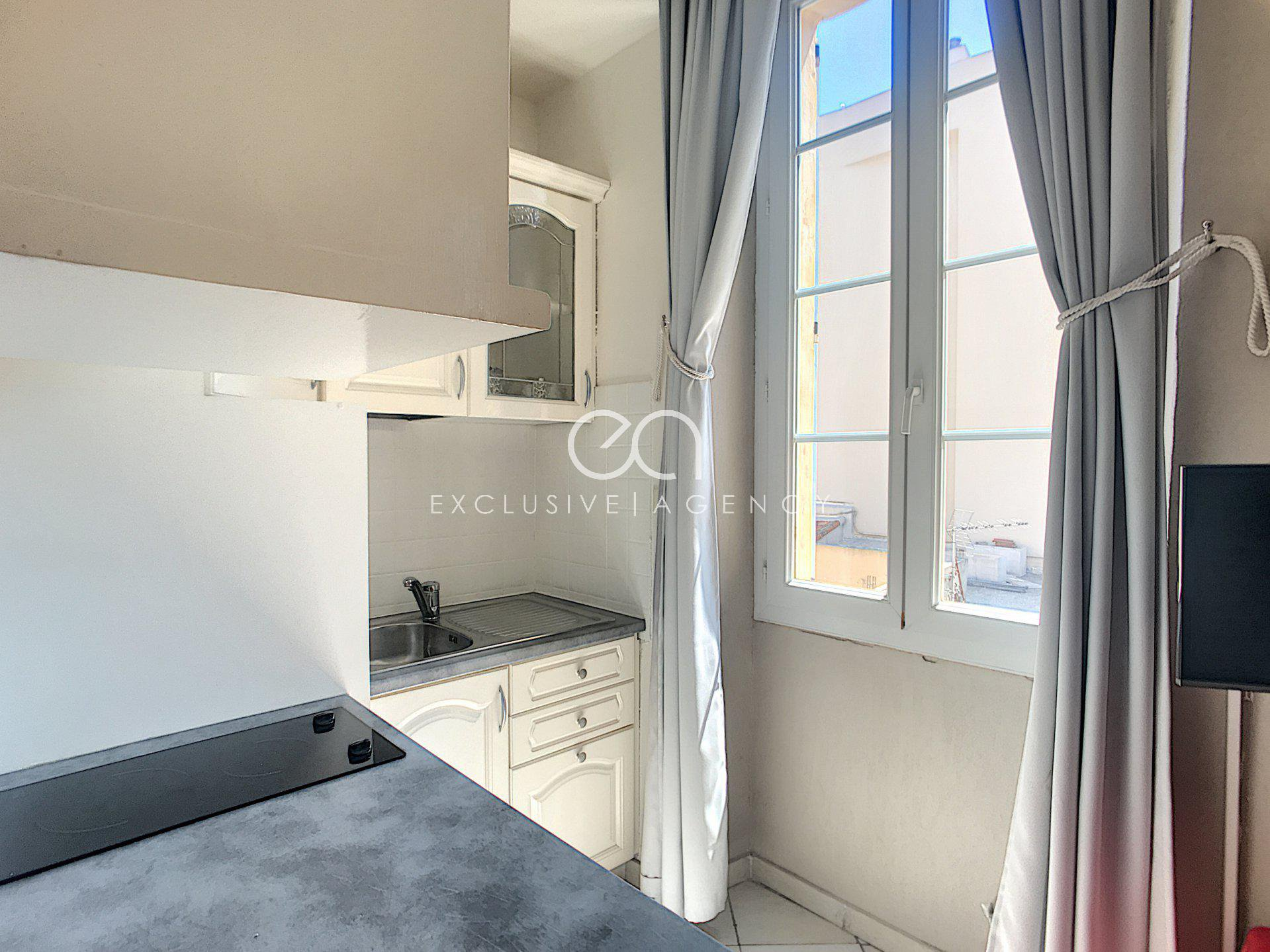appartement studio rue d'antibes cannes