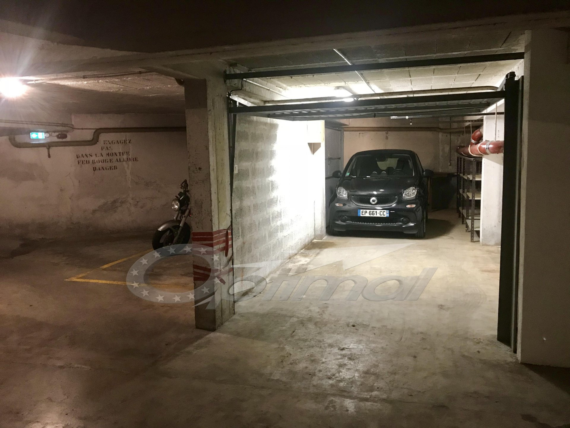 Exclusivité : Grand garage 24m² central et sécurisé