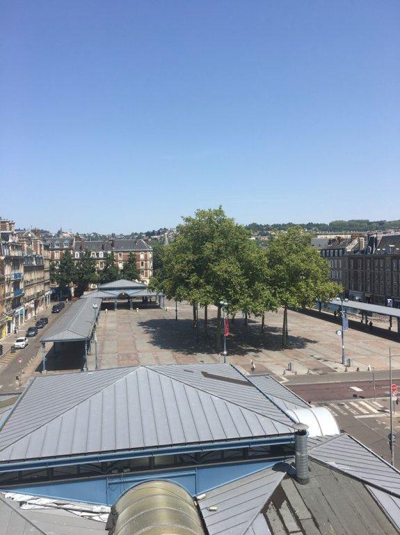 F3  avec terrasse  Rouen Saint Marc
