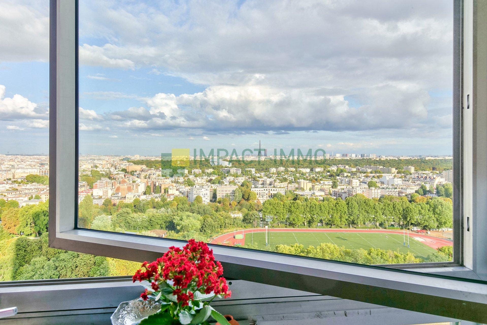LE FRANCE : T3 de 87m2 en étage - vue panoramique