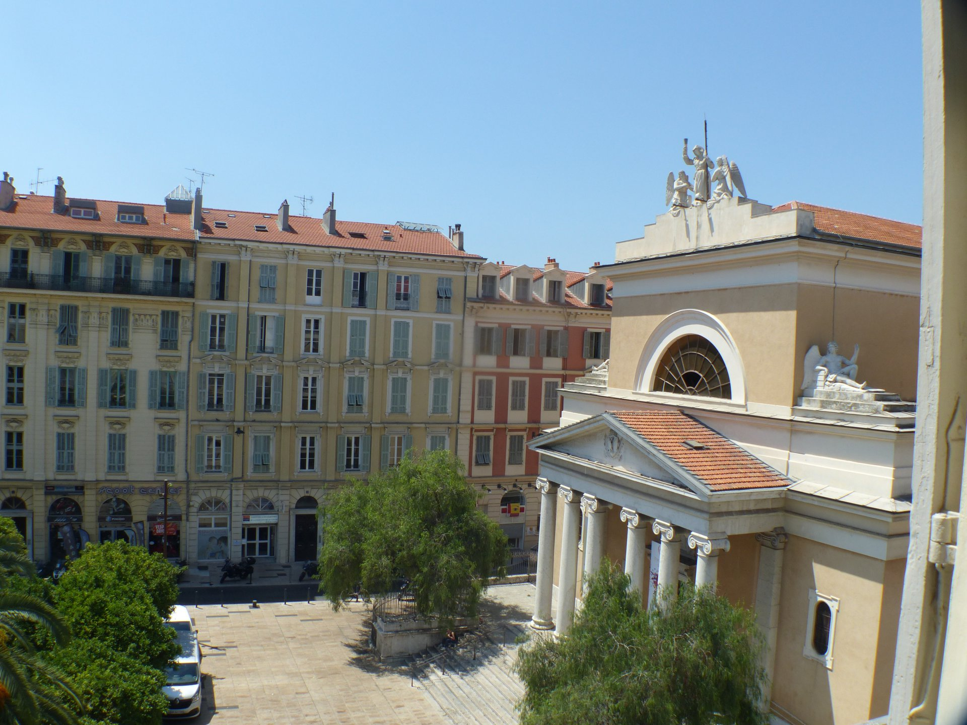 Palais Bourgeois