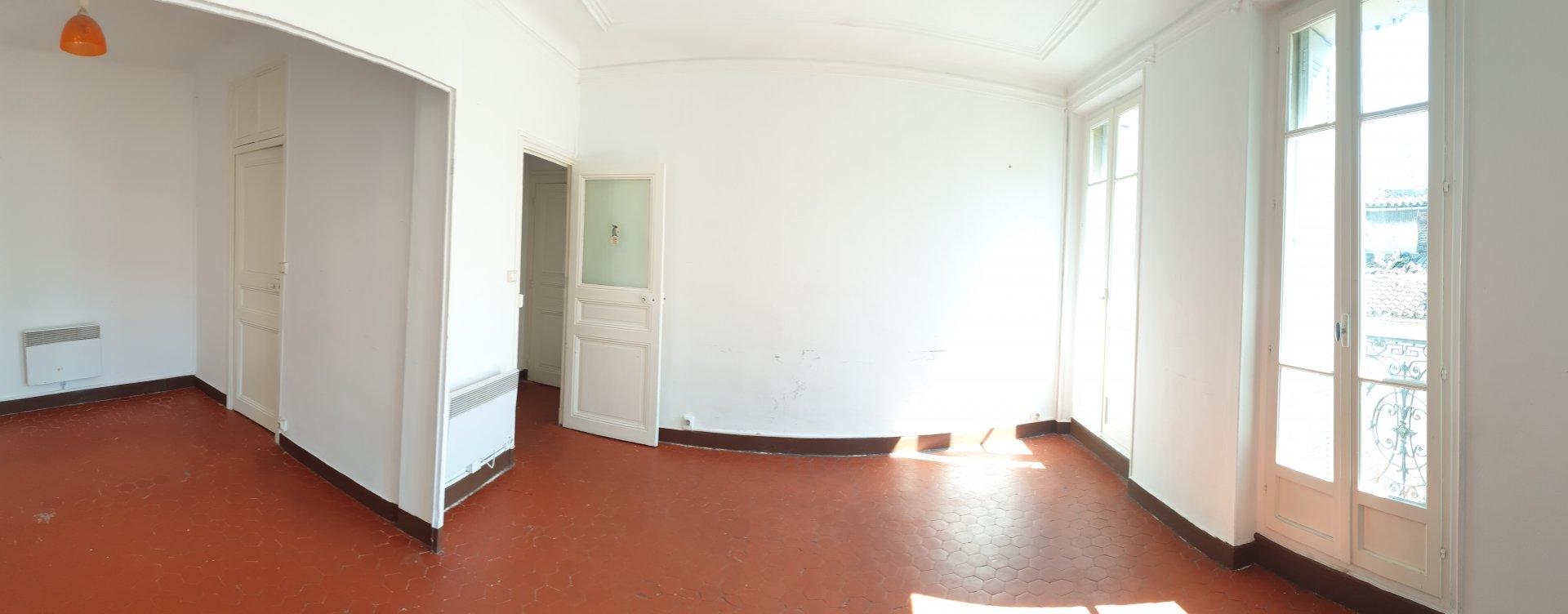 T1-rue d'Aubagne
