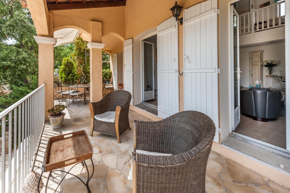 Villa à Saint-Raphaël dans les collines de Valescure avec 5 chambres et piscine