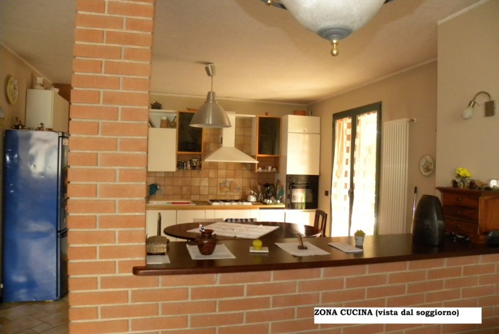 Sale Townhouse - Città Sant'Angelo - Italy