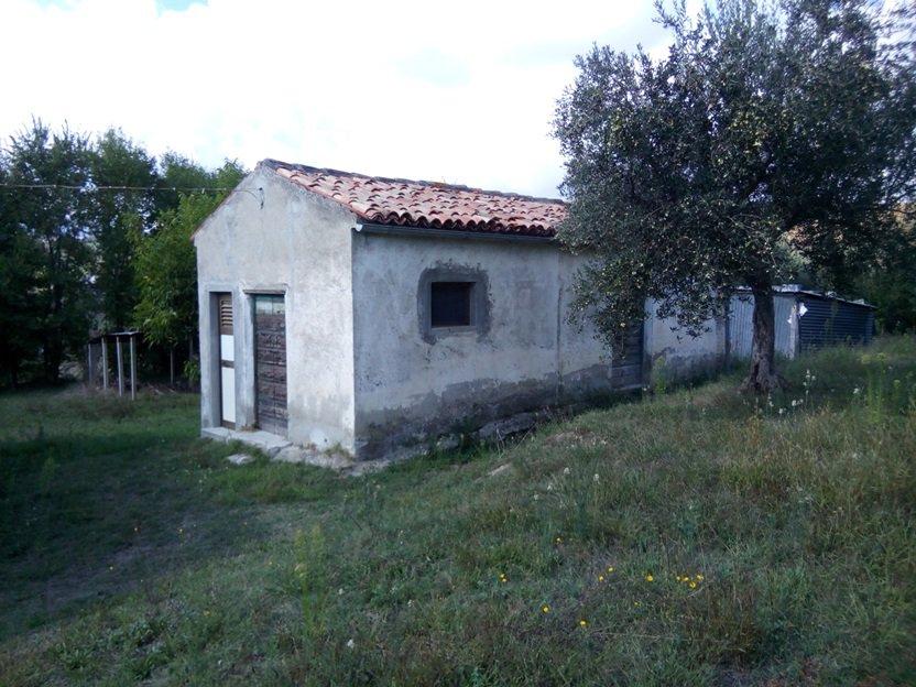 Sale Villa - Alanno - Italy