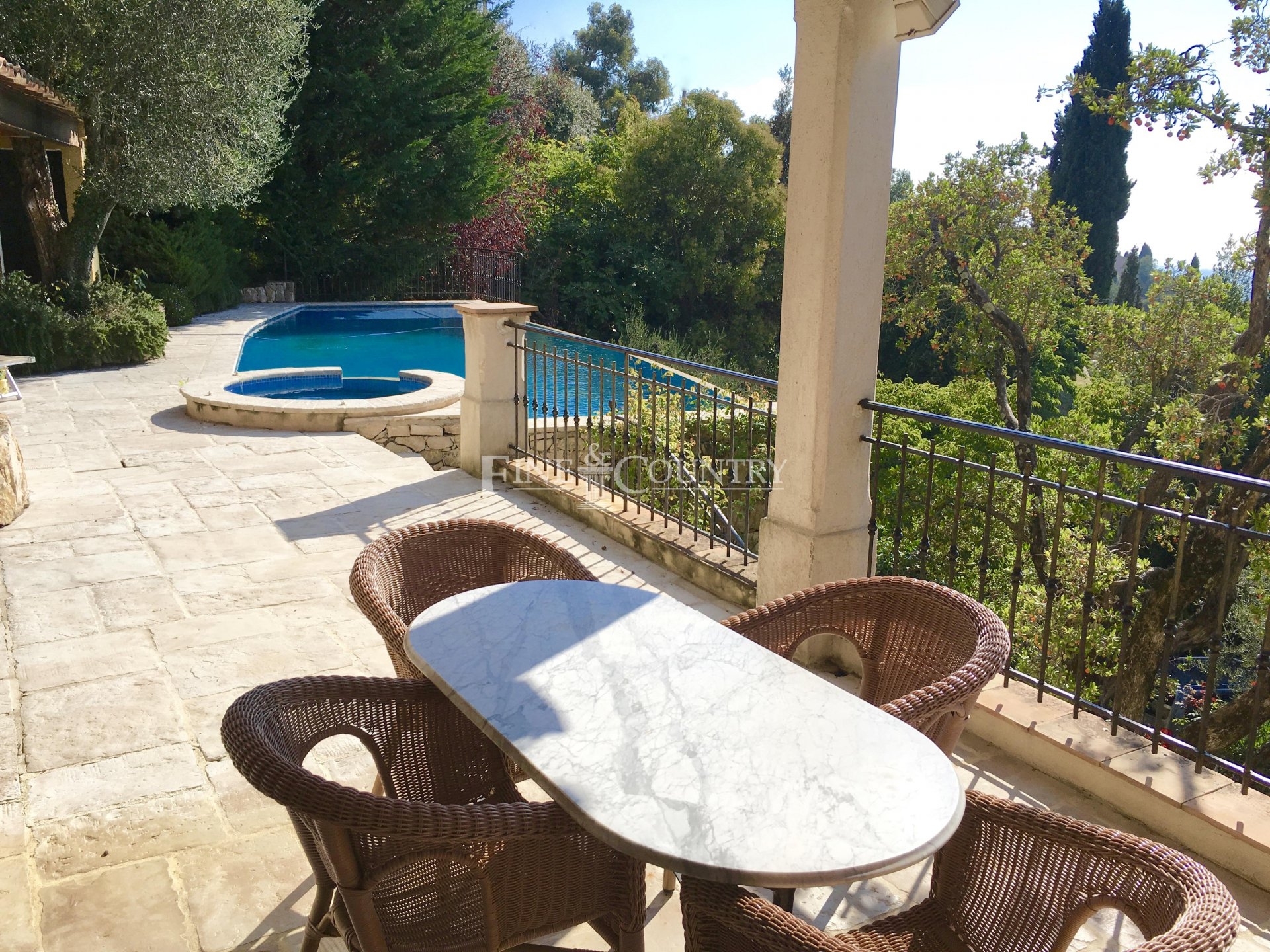 Villa for sale in Cabris, Cote d'Azur