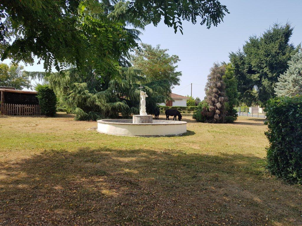 Ensemble immobilier proche Bergerac