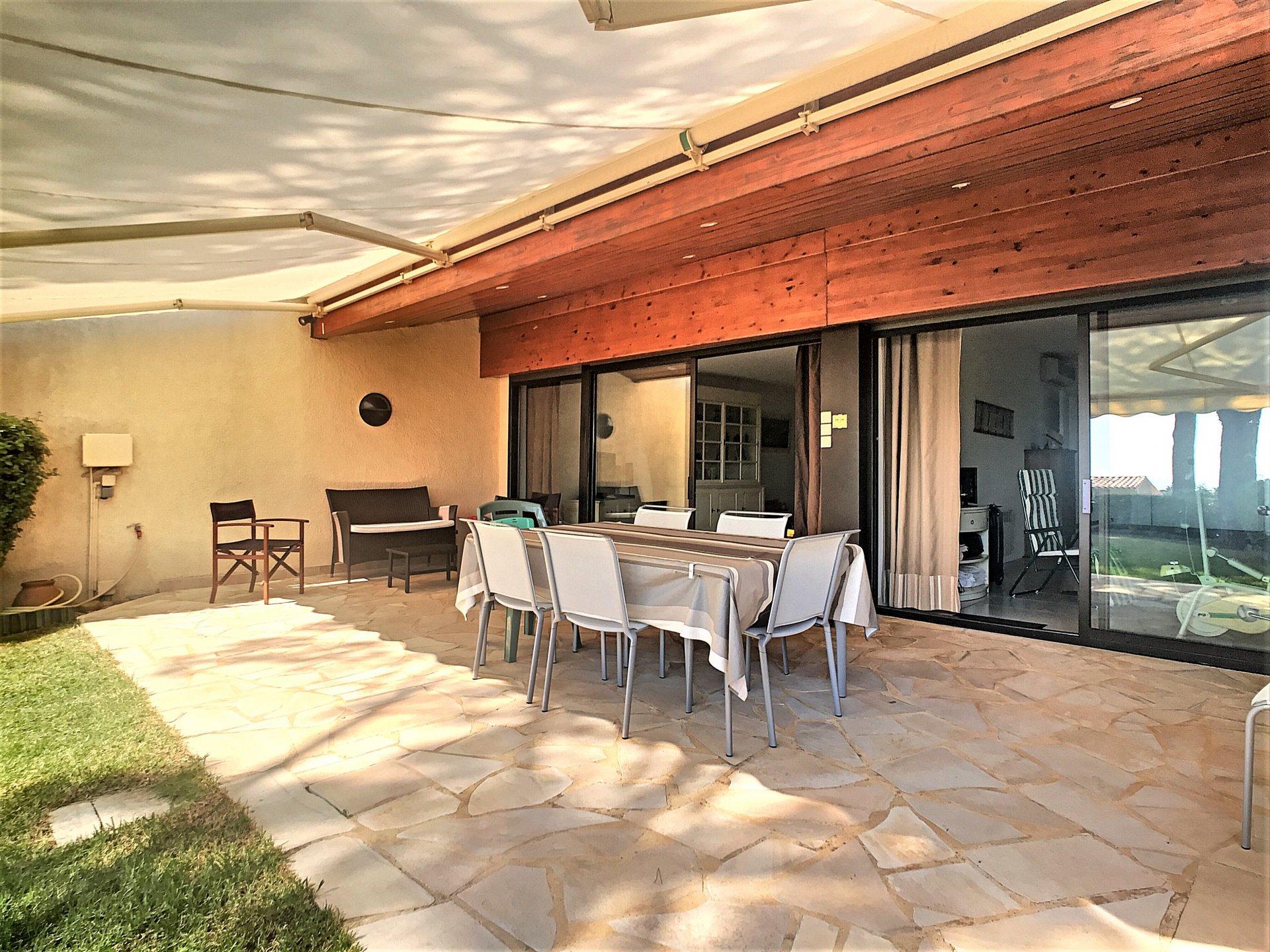 villa for sale with sea view Sainte Maxime la Croisette