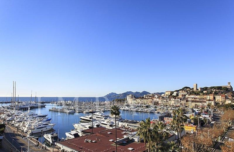 - Apartment facing Palais to rent , Cannes