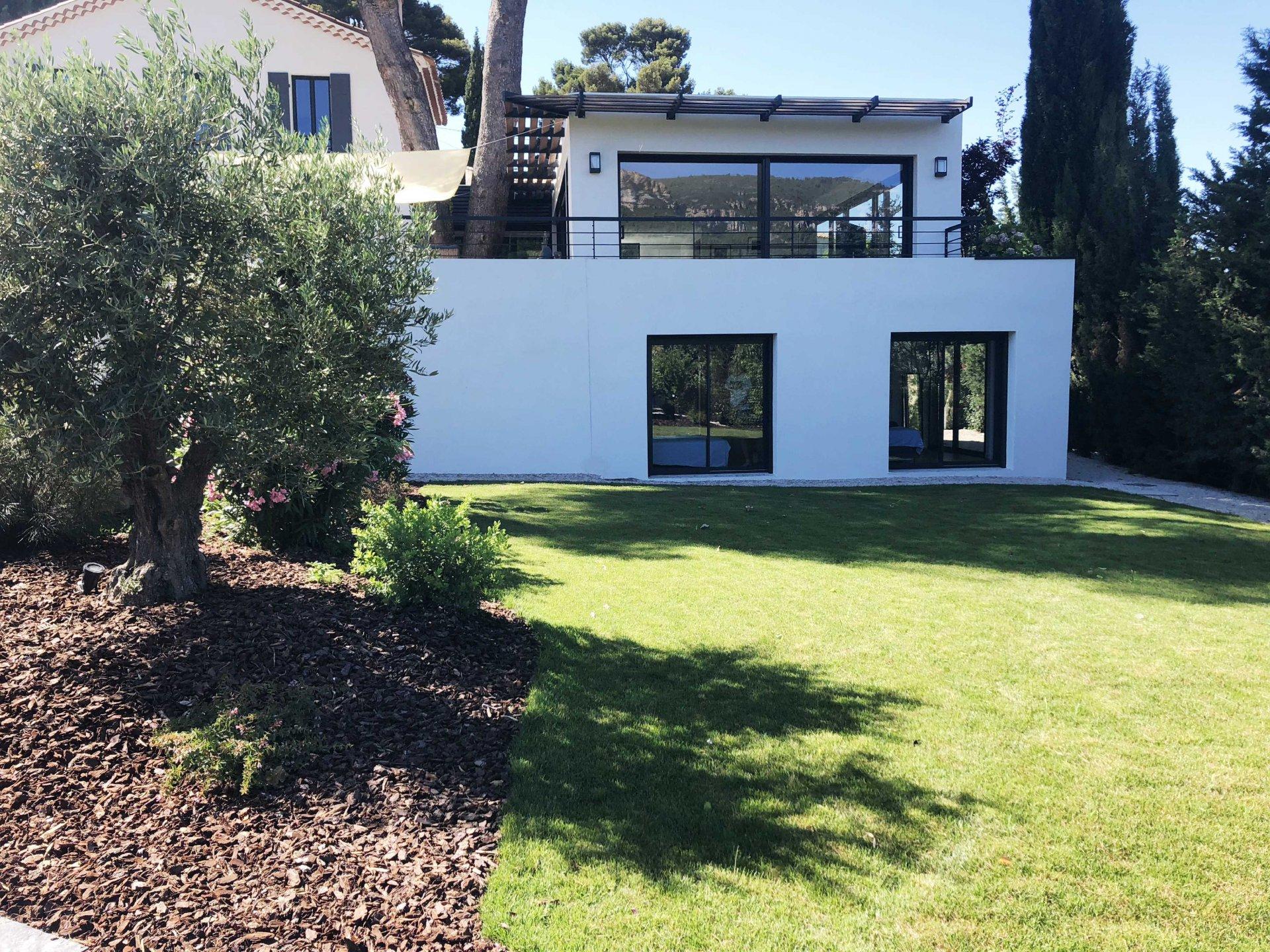 Maison Cassis 13260