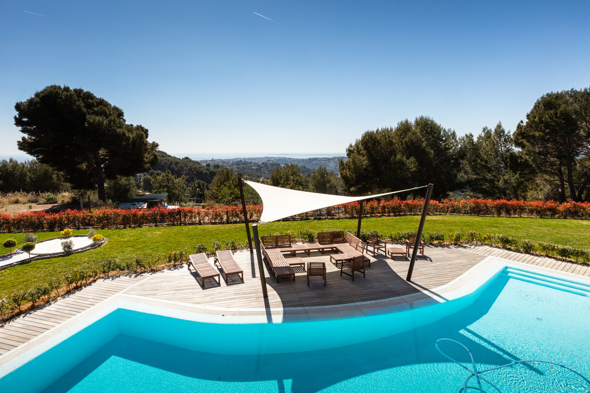 BEAUTIFUL VILLA: 20mn FROM NICE